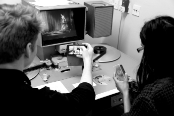trainees-mastering-and-documenting-the-steenbecks-at-bfi-practice-sessions